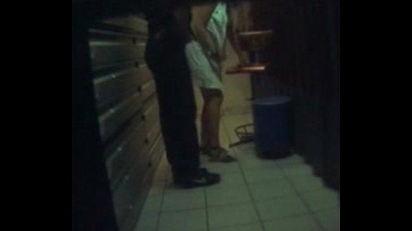 негр заказал секс и снял на скрытую камеру работу